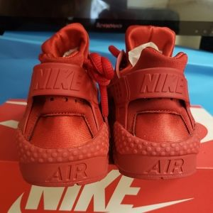 Womens Air Hurachee Red Size 7.5